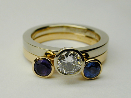 White-gold Round brilliant  & rose-gold Sapphire